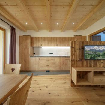 neue Wohnküche am Bauernhof in Völs am Schlern