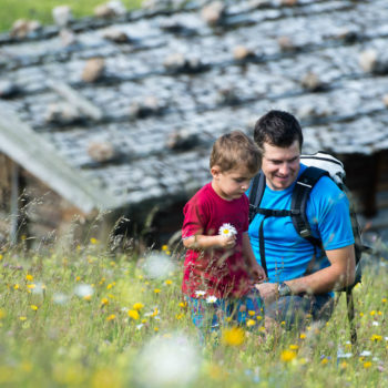 Hiking on the Alpe di Siusi with children